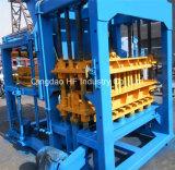 Presse hydraulique de verrouillage automatique machine à fabriquer des briques Qt machine à fabriquer des blocs de béton4-15 de l'Italie