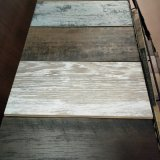 Cliquez sur la surface en bois massif parquet SPC