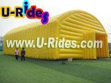tenda gonfiabile enorme gialla dell'Expo da 20 m. per la mostra