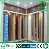 Les panneaux de mur en plastique en bois les meilleur marché de l'usine dirigent