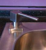 Quadratische Edelstahl-Küche unter flüssige Seifen-Gegenzufuhr