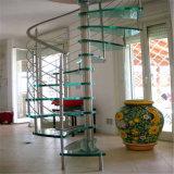 Kundenspezifisches ausgeglichenes Glas-Schritt-gewundenes Treppenhaus mit Glasgeländer