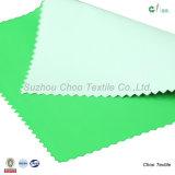 Tela-Opaco de nylon del SGS el 100% con la capa blanca para abajo la tela de la chaqueta