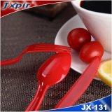 Jeu en plastique rouge de couverts de la couleur Jx131