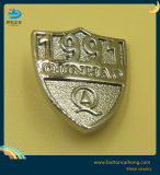 돋을새김된 금속 보석에 의하여 주문을 받아서 만들어지는 금속 이름표를 가진 장식적인 금속비