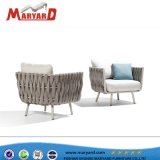 ロープの庭の家具の木製表およびセットを食事する最上質の椅子の屋外のテラス