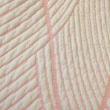 뜨개질을 한 매트리스와 베개 프로텍터 직물