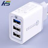 OEM USBは携帯電話のアダプターQC 3.0 USBの充電器18Wの最大出力を移植する