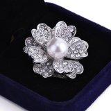 Retro Perlen-Blumen-Schal-Faltenbildung