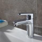 Toque em banho de água sanitária