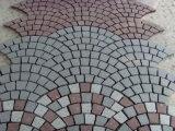 赤いですか灰色ファン形か美化するか、または駐車するか、または私道または通路のための舗装するか、または立方体または縁石またはCoobleの石