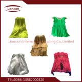 袋ごとの使用された衣類の輸出高の100キログラム