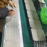 comitato solare fotovoltaico del tetto dell'installazione di potere 200W