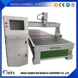 Máquina de corte de gravura de madeira Router CNC 1300mm*2500mm
