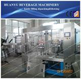Máquina de llenado del vaso de bebida carbonatada
