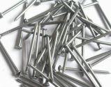 Clous commune les matériaux de construction en usine