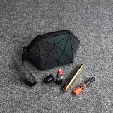 2018 maakt de Nieuwe Geometrische Organisator die van de Schoonheidsmiddelen van de Zwerfsters van de Make-up van de Vrouwen van de Zak van de Ritssluiting Kosmetische Lichtgevende Reis vouwen omhoog de Levering voor doorverkoop van de Zak