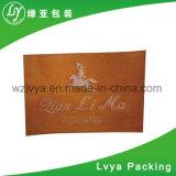 Escritura de la etiqueta tejida escuela de encargo para el accesorio del paño