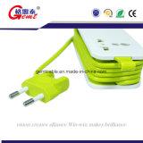 Tira universal retrátil da potência com cubos do USB