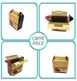 Лесной упаковочные коробки бумаги в салоне с помощью рукоятки