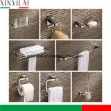 Cuarto de baño estilo alemán cuadrado moderno