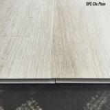 2017 planches neuves de plancher de Spc Clic/PVC Clic