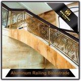 別荘装飾的で贅沢な内部階段アルミニウムBaluster