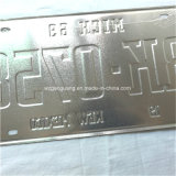 مبتكر سيارة رقم رخصة يزيّن قصدير/ألومنيوم لوحة