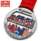 Esecuzione corrente di conquista della medaglia di maratona della stazione di finitura dei 2017 capretti di acclamazione della città divertente su ordinazione poco costosa di carità