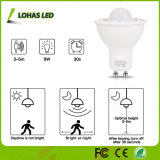 Sensore di movimento + riflettore inserita/disinserita della lampadina GU10 5W LED di girata automatica astuta chiara LED del sensore