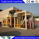 電気ブロックの煉瓦作成機械プラントを作る空のコンクリートブロック