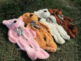 Diferentes tamaños de pieles de osos de peluche sin relleno