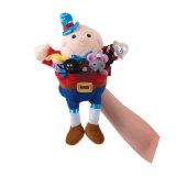 Brinquedo de pelúcia personalizado com o coração com coração