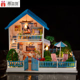 Villa grande de estilo juguete de madera para la práctica del entrenamiento