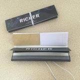 Un papel más rico con el papel de balanceo del cigarrillo de las extremidades de filtro