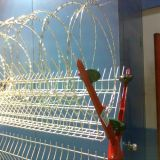 Das Rasiermesser-Draht-Fechten, Rasiermesser entblößte Draht-Zaun