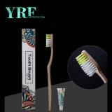 L'hotel dentale del kit di corsa delle amenità a gettare dell'hotel di Yrf fornisce il kit del Toothbrush