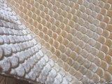 Sherpa 인공 모피 높은 견면 벨벳을 뜨개질을 하는 돋을새김 꽃 패턴 날실