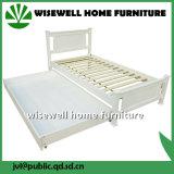 As crianças em madeira de pinho cama com estante e gaveta