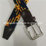 ブラウンの金、黒はカラー混合物の編まれたベルトを明るくする