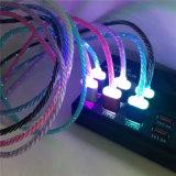 인조 인간 이동 전화를 위한 마이크로 USB 케이블을 점화하는 LED