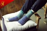 Обжатие высокого качества Socks носки нашивки людей оптом