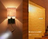 Muy práctico moderno hotel de noche LED de lectura ligera de la pared de la lámpara con pantalla de tela