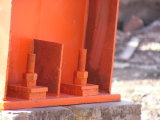 La estructura de acero pintado de gran utilidad para la plaza comercial