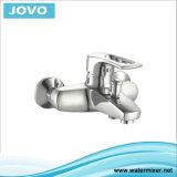 Le traitement simple de robinet en laiton Bain-Versent EC 71903 de mélangeur