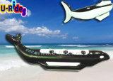 楽しみのための黒いカラー鮫のバナナボート