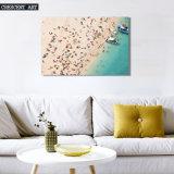 夏季休暇の海岸のボートのキャンバスプリント