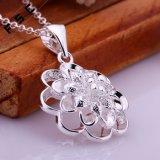 方法宝石類の女の子のための銀によってめっきされる花の吊り下げ式のネックレス