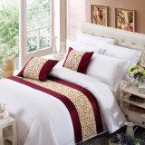 100% полиэстер индивидуальные отель кровать шарфом / кровать горячеканальной системы (DPF2670)
