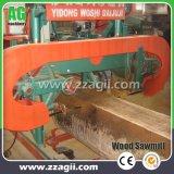木ログの切断は機械移動式帯鋸の製材所を見た